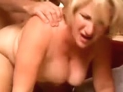 Hot cougar likes to give a sloppy rimjob