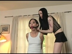 Little Mutt Video: Jade Starr and Lystra - Bound