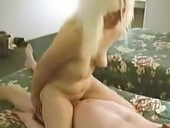 cuckolded wife jumps on dewayns dong her floppy melons bounce