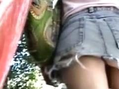 Sexy amateur brunette upskirt ass video