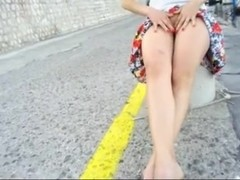 upskirt in Italy