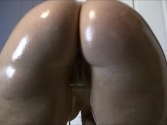 Chubby MILF making hot webcam show
