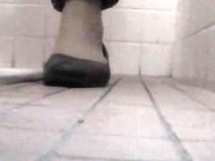 Public toilet cam scenes with amateur pussies closeups