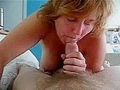 Mature woman in hot porn vid