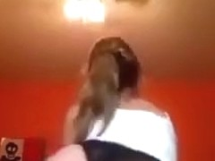 white girl shaking her booty