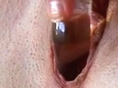 Honey using a sextoy to acquire off