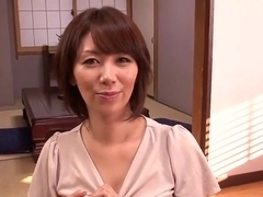 Teasing busty asian mom Chisato Shoda
