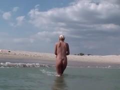 Adele in blonde girl rides dick in amateur hood porn