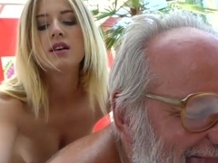 Teen masseuse rides oldie
