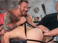 Dr. FrankenFuck's Fist Lab featuring Hugh Hunter, Scotty Taylor, Pierce Paris - FistingCentral