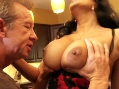 Kiara Mia Mommies Busting Out