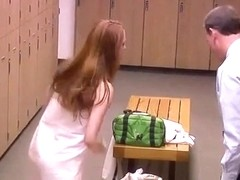 Naked stunner surprises a guy in the locker room