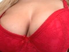 Blonde Britney taking sticky facial cumshot