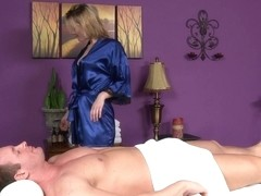 Massage-Parlor: Bad Weather