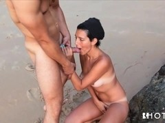 HotGold Video: Anal On The Beach