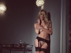 Mash-Up Monday - Best of Blondes Vol. 2