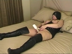 tracyd bdsm putting on a show for masters guests and webcam