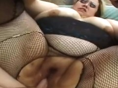Unbelievable whore blows the cock