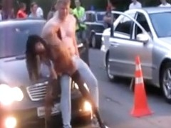 Lucky guy gets a sexy lap dance in the street