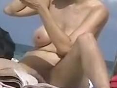 Hidden Beach Camera Films Nude Exhibitionist Woman