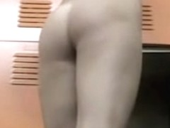Marvelous changing room booty show of the nude amateur