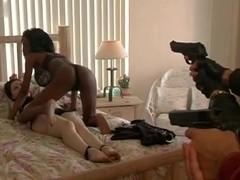 Kay West,Stephanie Stearns,Lisa Mendoza,Lori Morrissey,Lorin Becker in Triple Threat (2005)