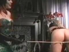 Oriental SADOMASOCHISM mastix punishes her excited slaves