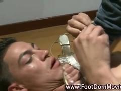 Domina facesits and rubs dick