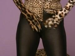 Trinity-Productions: Leggings Masturbation
