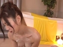 Seductive Japanese milf gives an amateur cock sucking