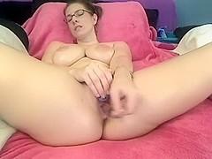 Ambercutie's webcam orgasm