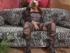 Pantyhose1 Clip: Veronica C and Susanna