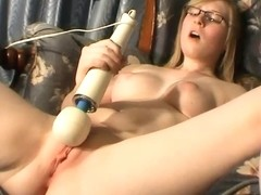 The Female Orgasm: Satine Spark in the Chair