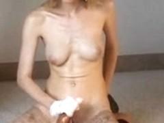 Painfull Tugjob with Ballmassage
