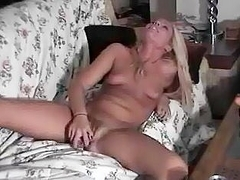 Stunning blonde cums on cam