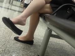 Candid sexy asian 18yo teen legs f