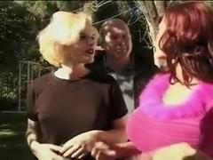 Donita and Mary long nails blowjob