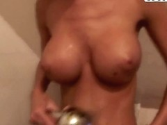 Private home sex in the bathroom is always too hot