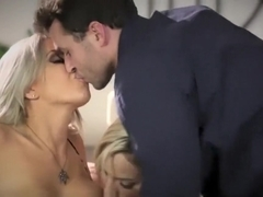 Nina Elle and James Deen Teach Teen Squirting