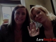 Mature lesbian fingers nurse
