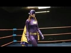 Riddler Humiliates Batgirl