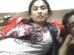 Beautiful Bhabhi Smnoking n enjoring with hubby webcam