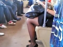 legs girl metro