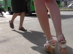 Hawt upskirt in the street