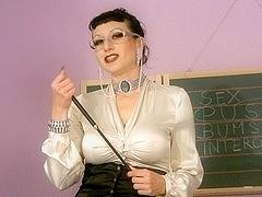 Brunette milf with hairy twat masturbates until climax