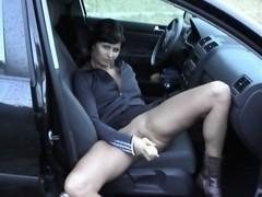 Hot MILF cums in public with corn