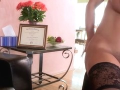 Keiran Lee licks and fucks sexy babe Lisa Ann