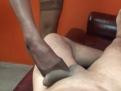 Wicked Beverly Hills tortures her guy