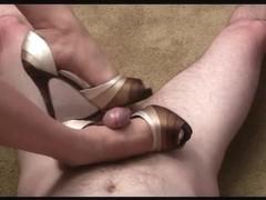 Peep toe high heeljob
