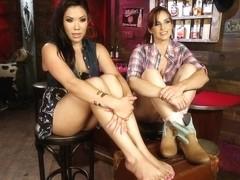 Honky Tonk Foot Bar Whisky Women Music and FEET